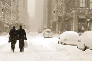 Walking in a winter wonderland (Arnold Pouteau via Flickr)