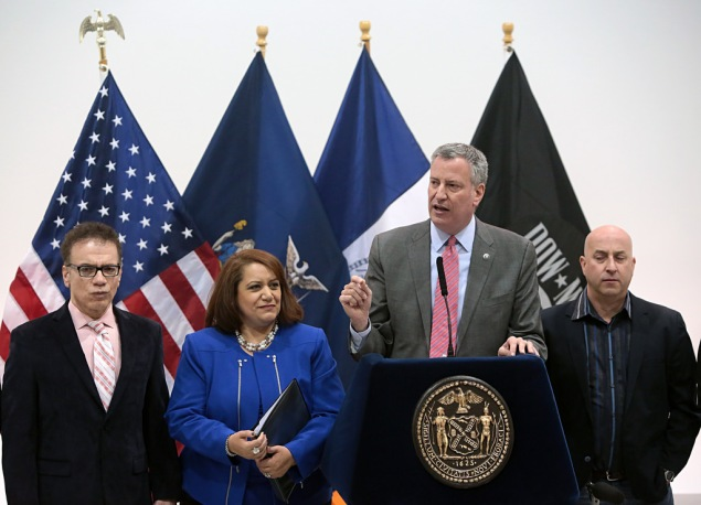 Mayor Bill de Blasio appointing Cynthia López commissioner of the Mayor's Office of Film, Theatre & Broadcasting at Steiner Studios in Brooklyn. (Photo: Ed Reed for the Office of Mayor Bill de Blasio)