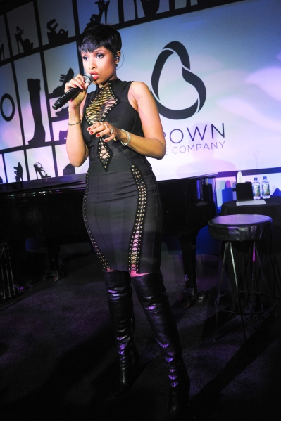 BROWN SHOE COMPANY Celebrates 100 Years on the NYSE with JENNIFER HUDSON