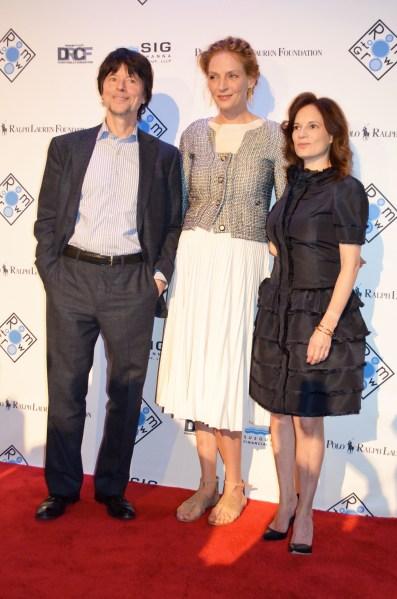 Renowned filmmaker Ken Burns, Ms. Thurman, and Room to Grow founder, Julie Burns.