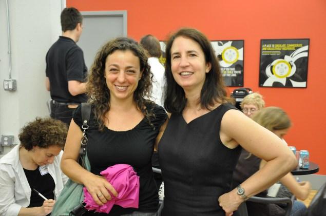 Sara Horowitz (right)
