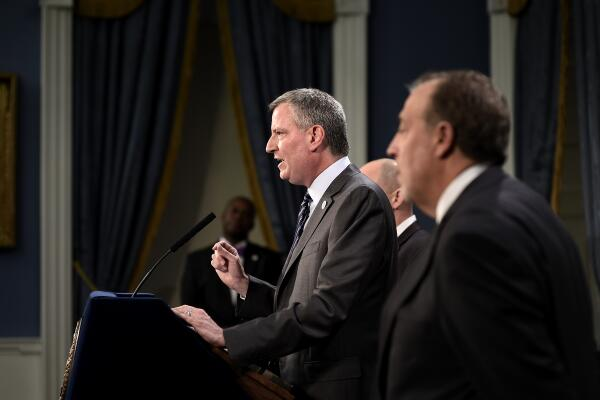 Bill de Blasio at today's labor contract announcement. (Photo: Twitter/@NYCMayorsOffice)