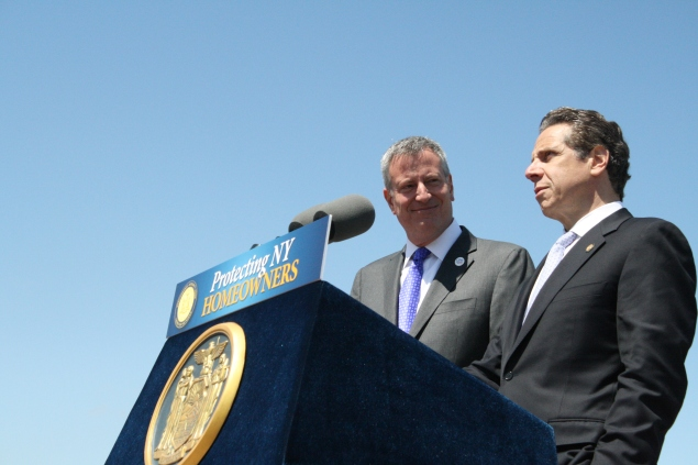 Mayor Bill de Blasio with Gov. Andrew Cuomo last week. (Photo: Vanessa Ogle)