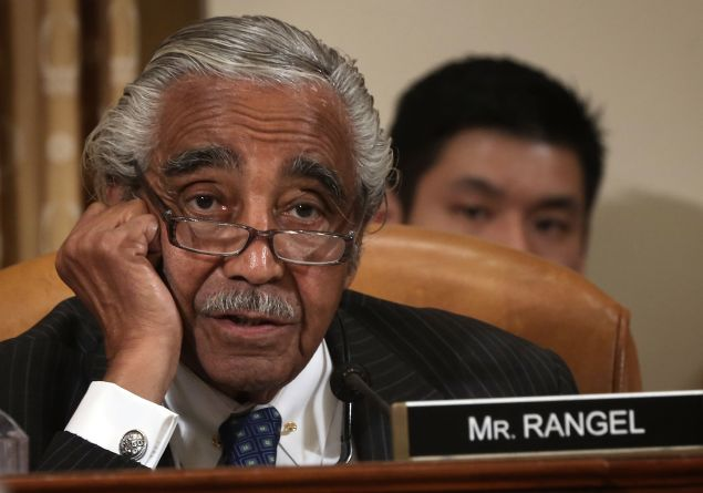 """When Congressman Charles """"Charlie"""" Rangel is miffed with one of his Senate colleagues, he tweets about it while making a smoothie. (Photo: Alex Wong/Getty Images)"""
