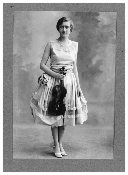 Ms. Clark in her youth. (Photo courtesy of the Estate of Huguette M. Clark)
