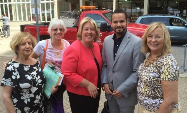 Rebecca Seawright (center) with State Senator Jose Serrano Jr. (Photo: Twitter)
