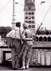 Coney Island, (1928) by Walker Evans.