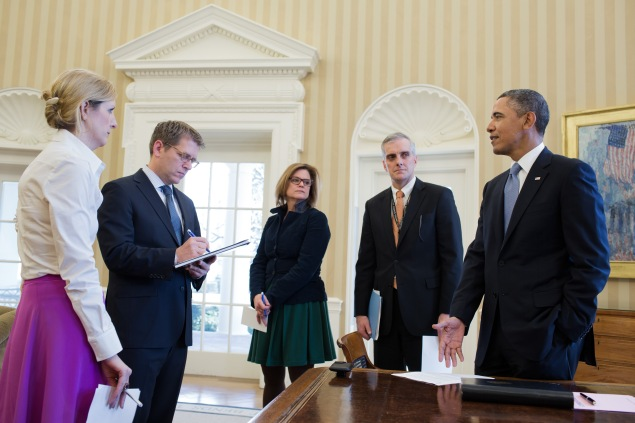A worshipful Kathryn Ruemmler looks with awe at a President to whom she was longest-serving White House counsel. (White House Flickr photo by Pete Souza)