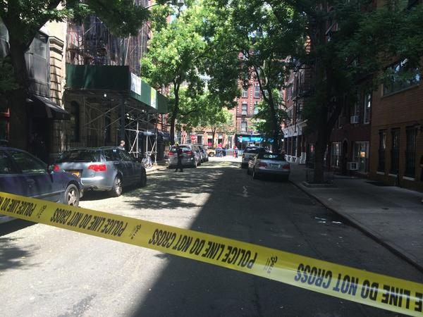 Jones Street with a view of the scene. (danielleiat/Twitter)