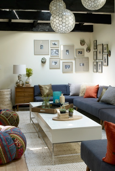 A photo of the de Blasio's Gracie Mansion living room, as decorated by West Elm. (blog.westelm.com)