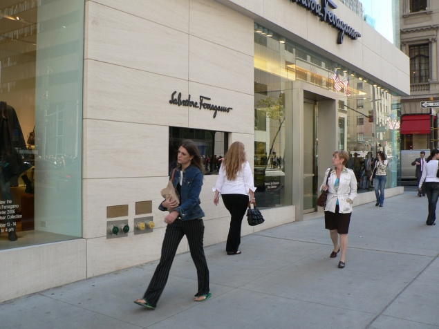 Fifth Avenue. (Geff Rossi/flickr)