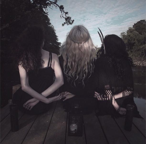 All of them witches. (Photo via Alex Jackson/ Instagram.com/_spirits)