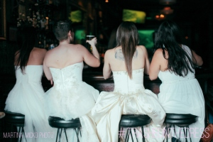 Happy hour with the brides. (Martina Micko)