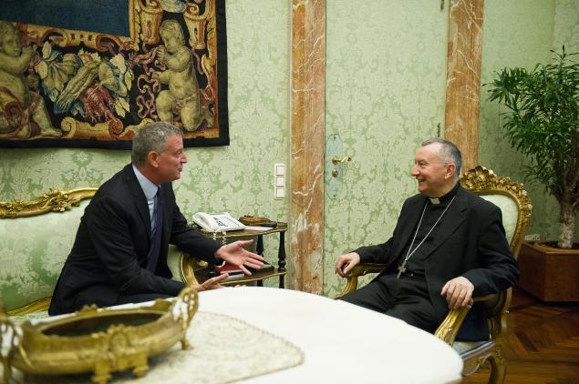 Bill de Blasio meets with Vatican Secretary of State Pietro Parolin. (Mayor's Office Photo)