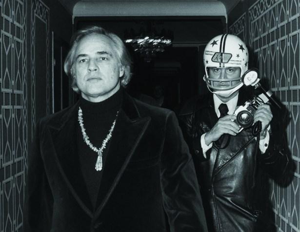 Marlon Brando and Ron Galella, 1974.