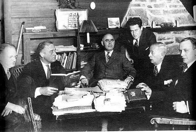"Left to right: Maurice Bloch, F.D.R., Herbert H. Lehman, Sam Rosenman, B.J. Downing, M. William Bray (Photo courtesy the collection of Wm. M ""Billy"" Sternberg)"