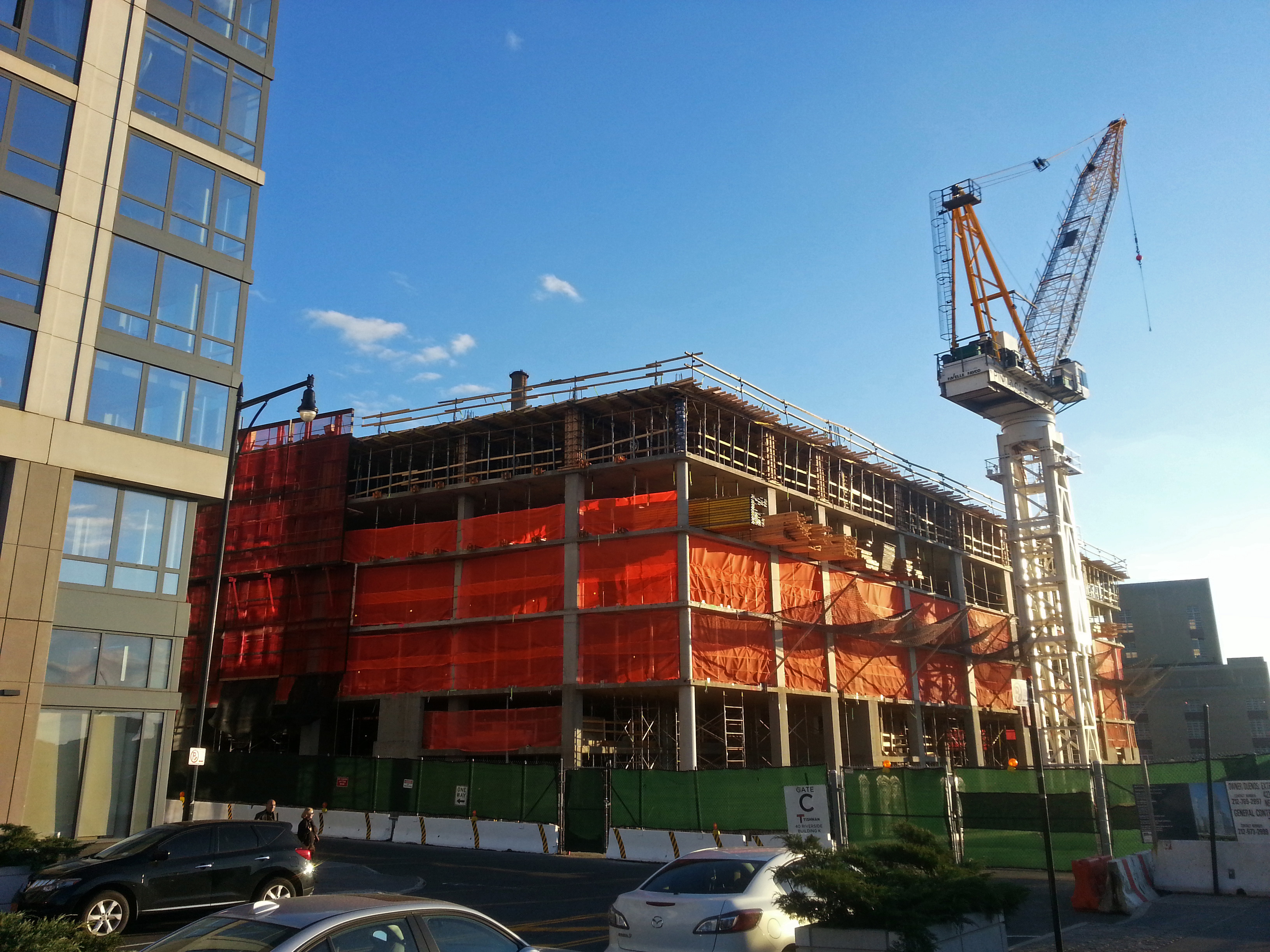 Construction at One Riverside Park.