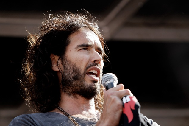 Comedian Russell Brand (Photo by Mary Turner/Getty Images)