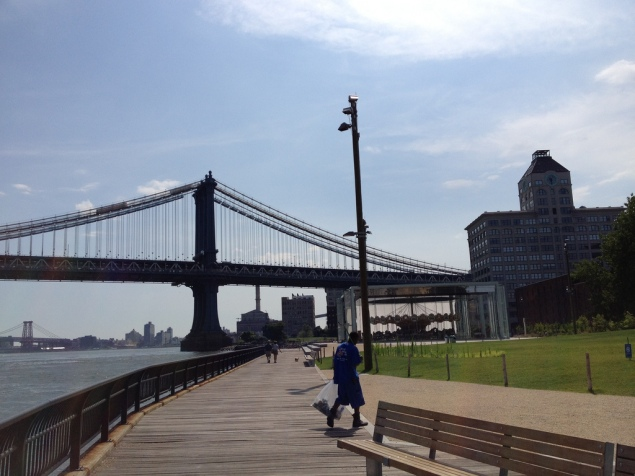 Brooklyn Bridge Park, before condos blocked the view of the bridge. (Sue Waters/flickr)