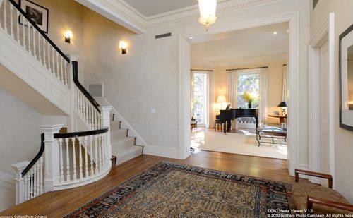 A very elegant foyer.