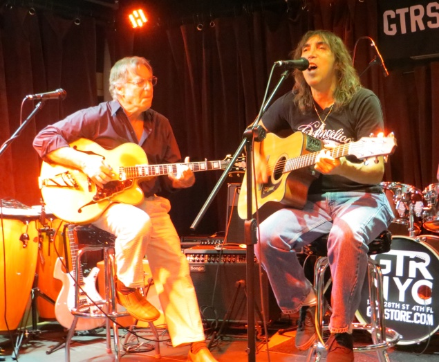 Rock and Roll Hall of Fame inductee John Sebastian and Steve PIsani (Photo by Teddy Kim)