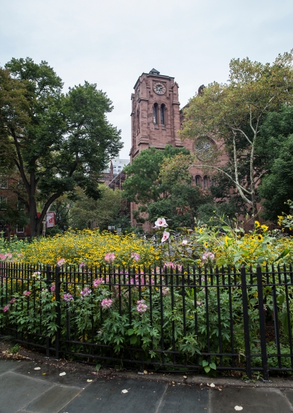 Stuyvesant Square might look like a secret garden, but all are welcome. (Lea Rubin)