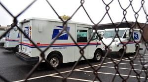A mailman in Brooklyn has been hoarding his customers' mail. (Photo:KAREN BLEIER/AFP/Getty Images)