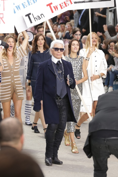 CHANEL SS15 Runway Show