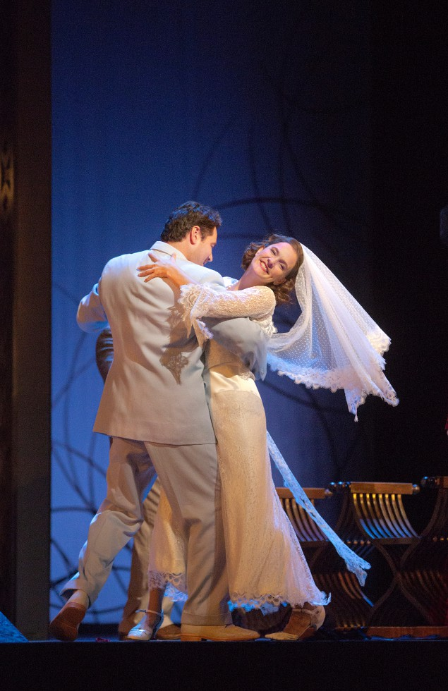 A happy ending a long time coming: Ildar Abdrazakov (Figaro) and Marlis Petersen (Susanna) at the Met.