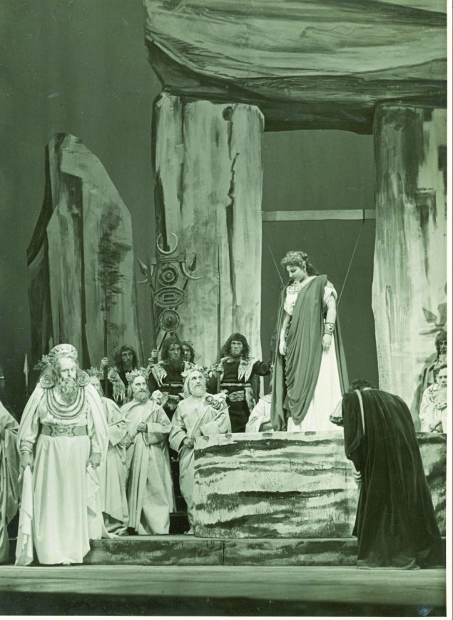 Callas became well-known for her mid-century performances in the taxing role of Bellini's tragic Norma.