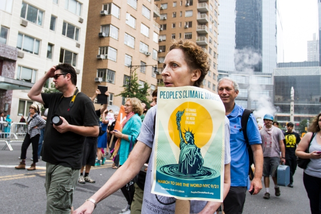More than 310,000 people paraded against climate change on Sunday (Photo: David Cole).