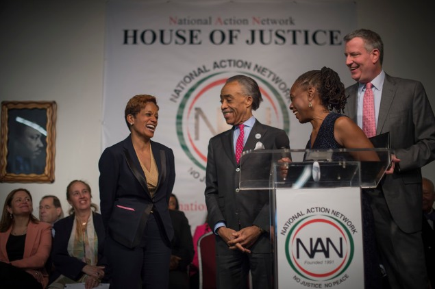 Rachel Noerdlinger with Rev. Al Sharpton and Chirlane McCray. (Photo: NYC Mayor's Office)