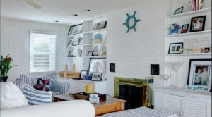 Mr. Recchia's photograph is visible on the right side of the frame (Screengrab: Douglas Elliman).
