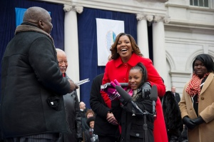 Ms. James at her inauguration with his Dasani. (Photo: NYC Mayor's Office)