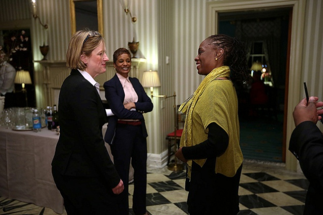 Chirlane McCray, the mayor's wife (right), with Rachel Noerdlinger (center). (Photo: NYC Mayor's Office)