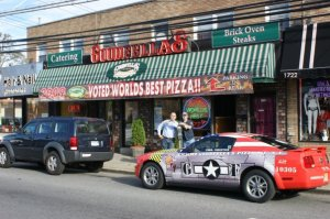 There are no more flies at Goodfella's Restaurant, where Mayor de Blasio flew in the face of New York tradition. (Facebook)