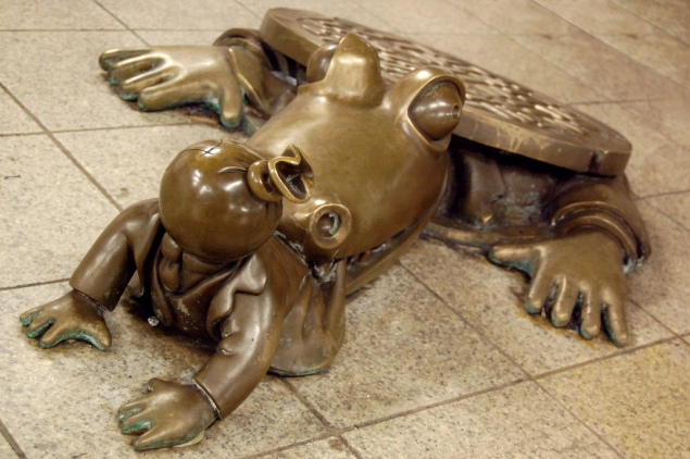 Tom Otterness Sculpture