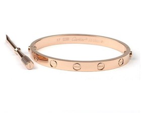 The Cartier Love bracelet is a top seller on TrueFacet. (photo courtesy: TrueFacet)