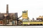 The Domino Sugar factory(Thomas Hawk/flickr).