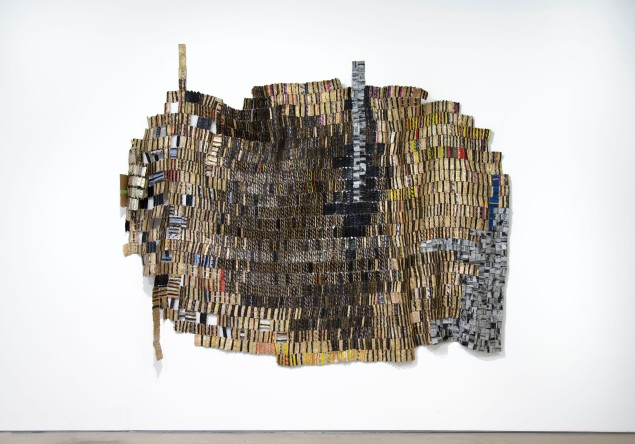 El Anatsui, Trains of Thought I, 2014. (Courtesy of the artist and Jack Shainman Gallery)