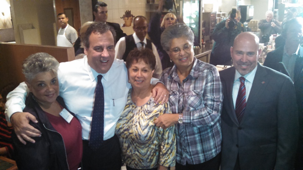 Christie joins MacArthur and supporters at the Mastoris Diner in Bordentown.