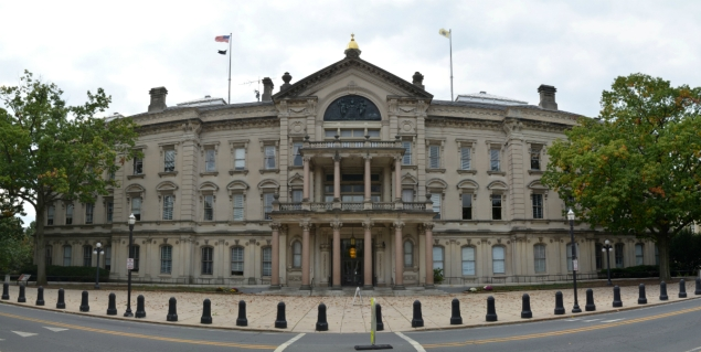 New_Jersey_State_House_north_panorama2