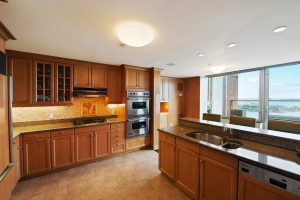 The kitchen, however, is near-suburban in aesthetic.