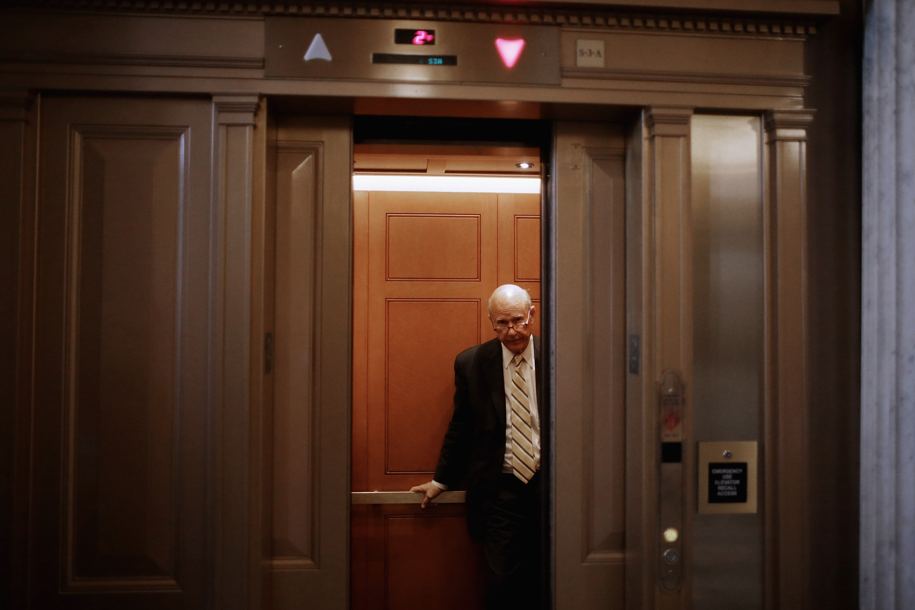 WASHINGTON, DC - NOVEMBER 05:  Sen. Pat Roberts (R-KS) takes an elevator after attending the weekly Senate Republican Caucus policy luncheon at the U.S. Capitol November 5, 2013 in Washington, DC. (Photo by Chip Somodevilla/Getty Images)