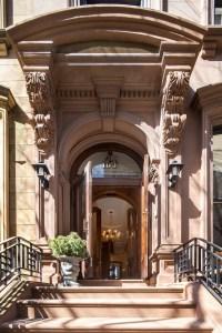 No humble brownstone stoop, even 192's entrance is regal. (Evan Joseph, Corcoran.)