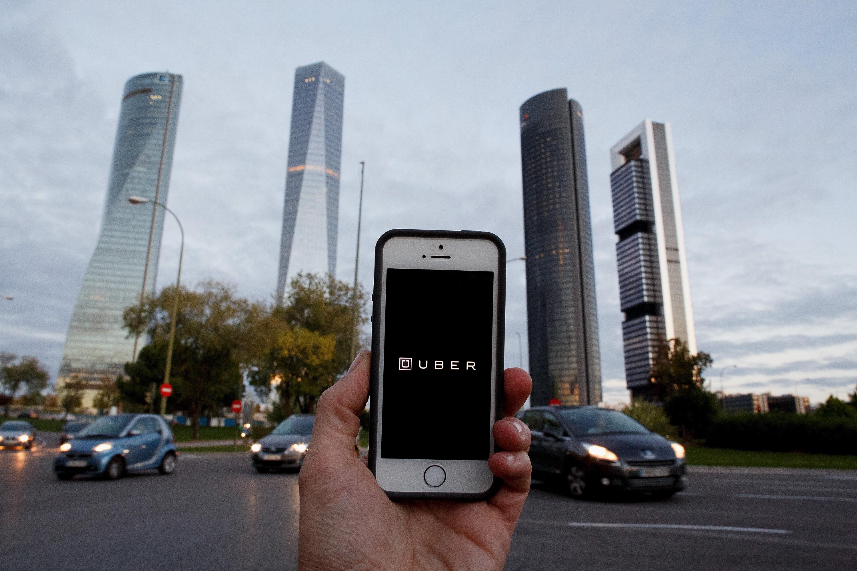 An Uber app.