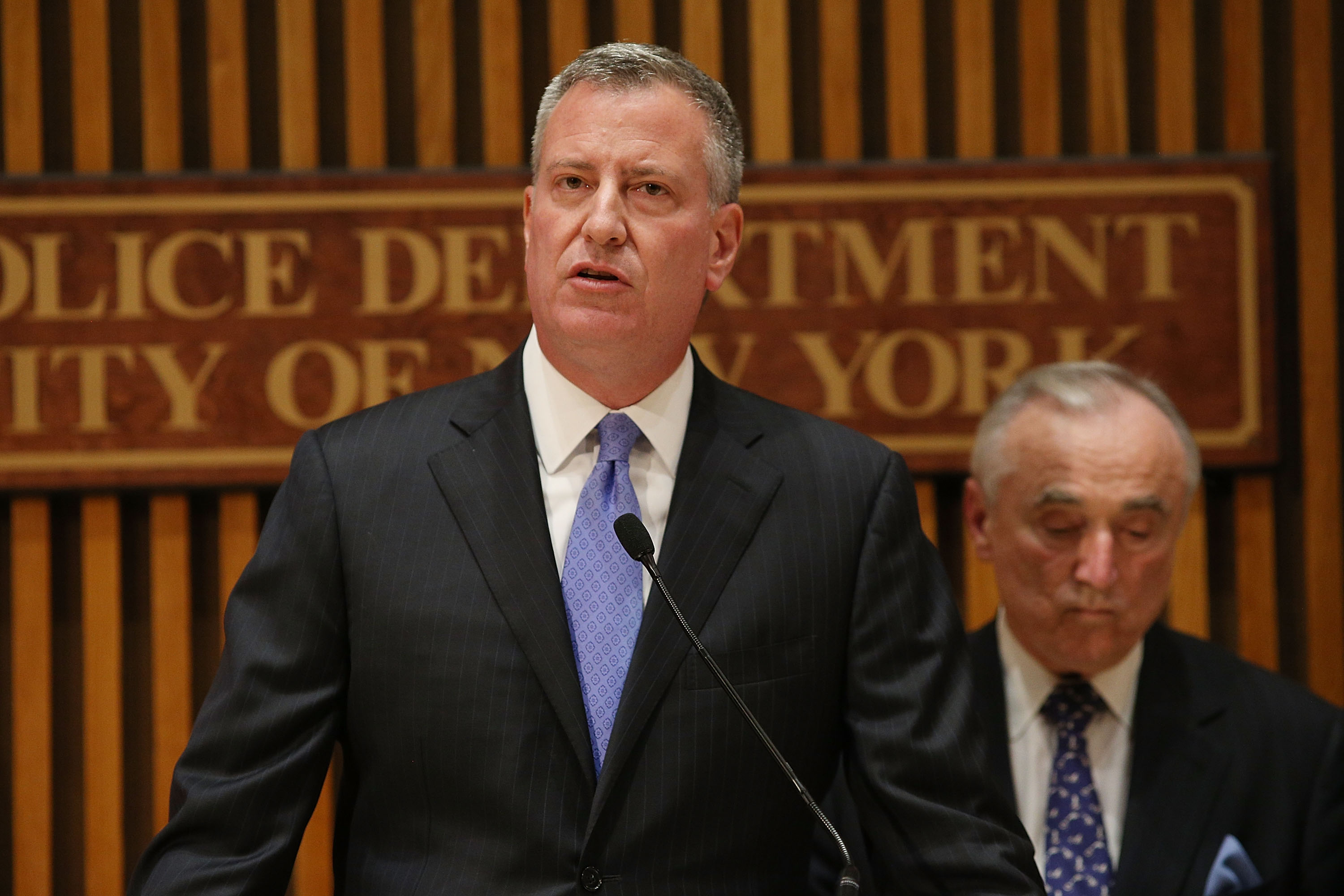 Mayor Bill de Blasio and Police Commissioner Bill Bratton. (Photo by Spencer Platt/Getty Images)