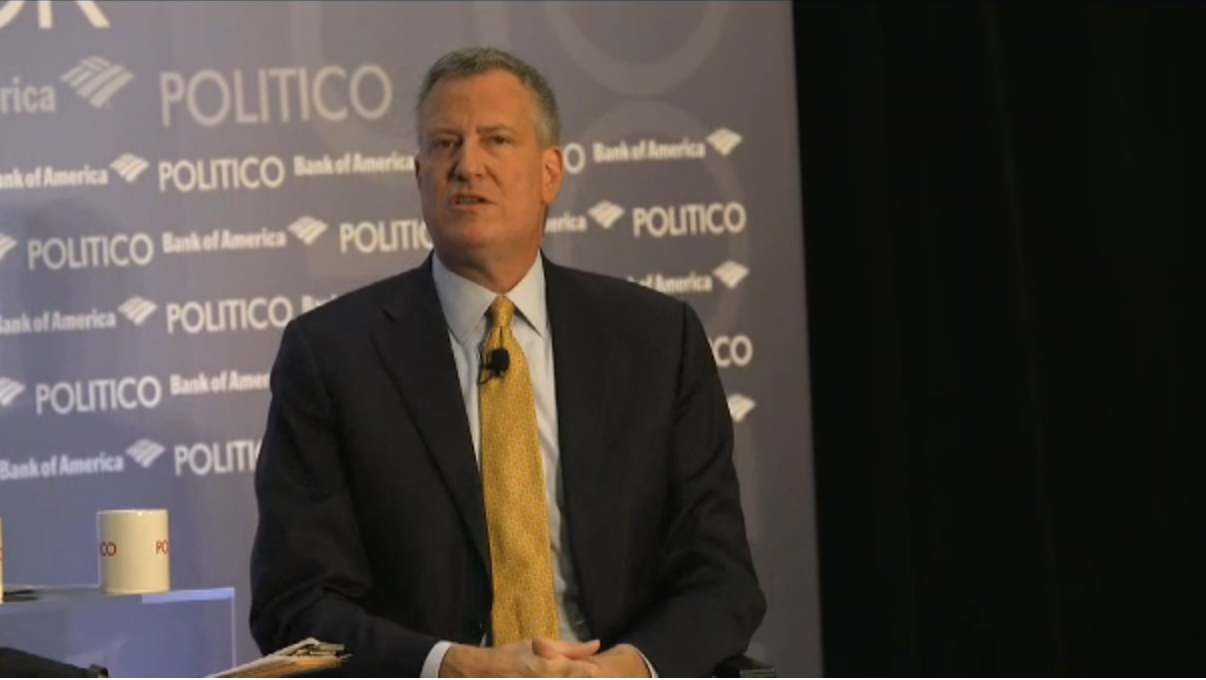 Bill de Blasio at a Politico Playbook Breakfast today. (Screenshot: Politico)