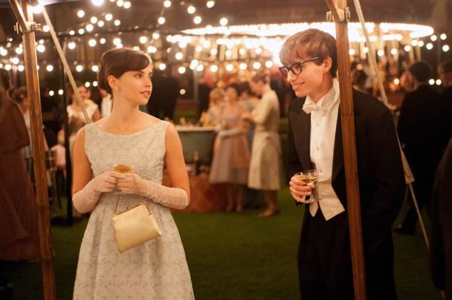 Eddie Redmayne as Stephen Hawking and Felicity Jones as Jane Wilde in The Theory of Everything.