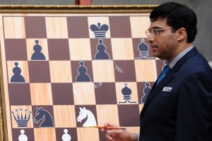 India's Vishwanathan Anand attends a championship match in Moscow on May 10, 2012 before a match with Israel's Boris Gelfand.  (KIRILL KUDRYAVTSEV/AFP/Getty Images)